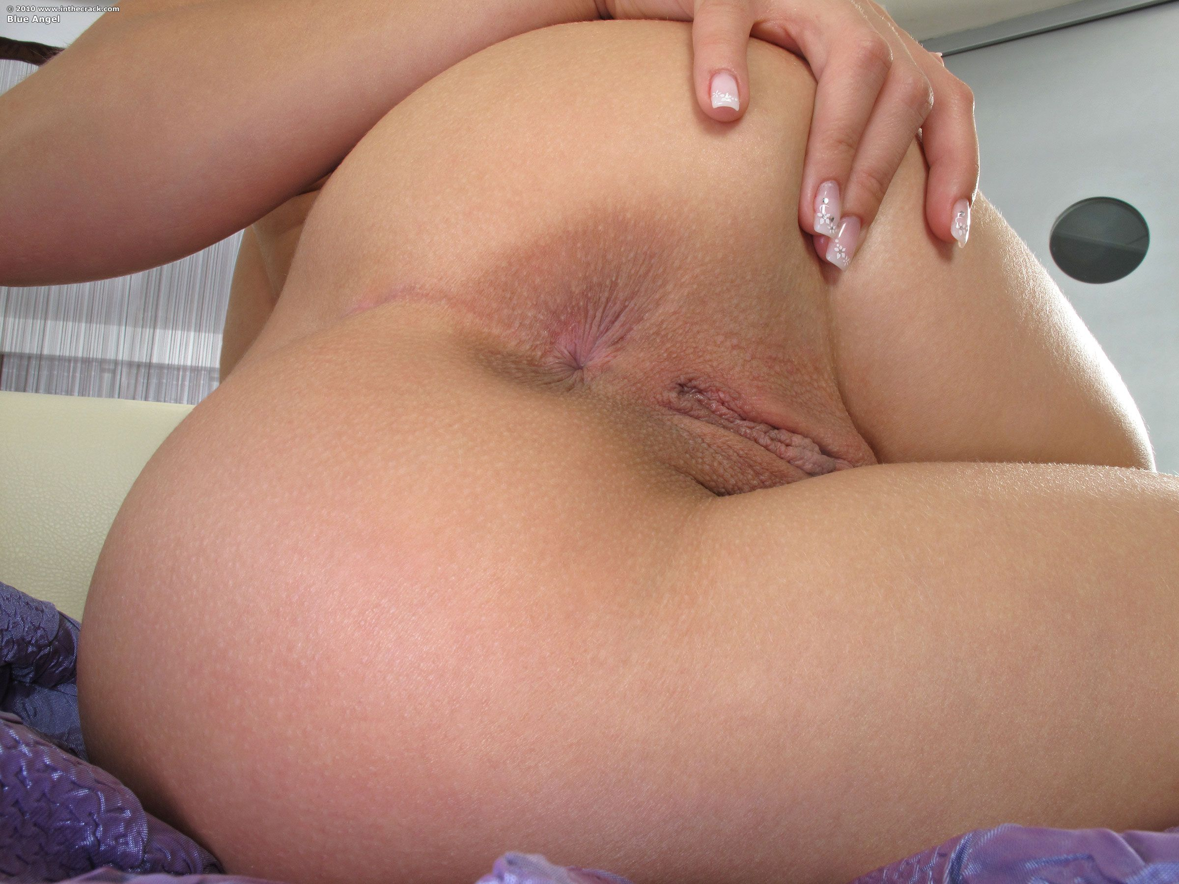 Shaved pussy straming video