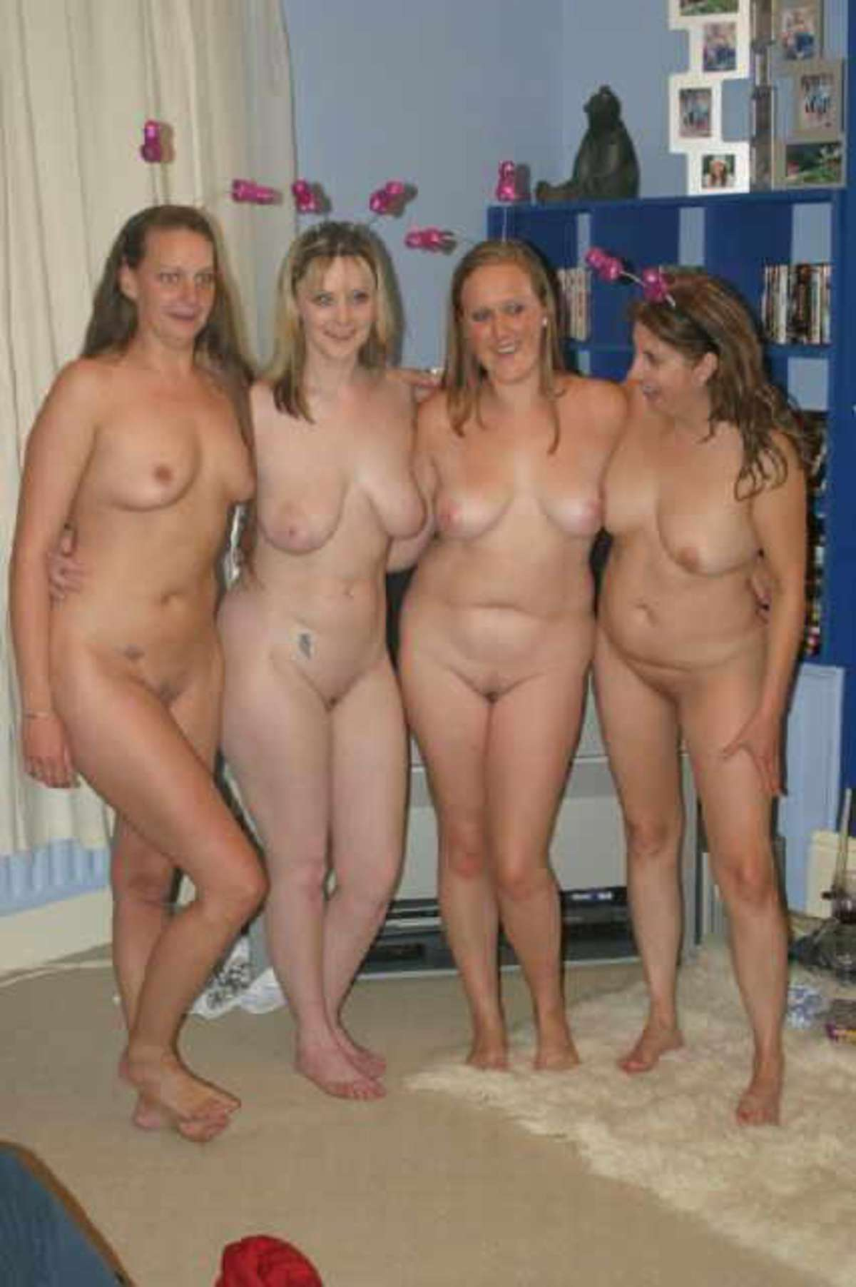 Naked girls in a movie