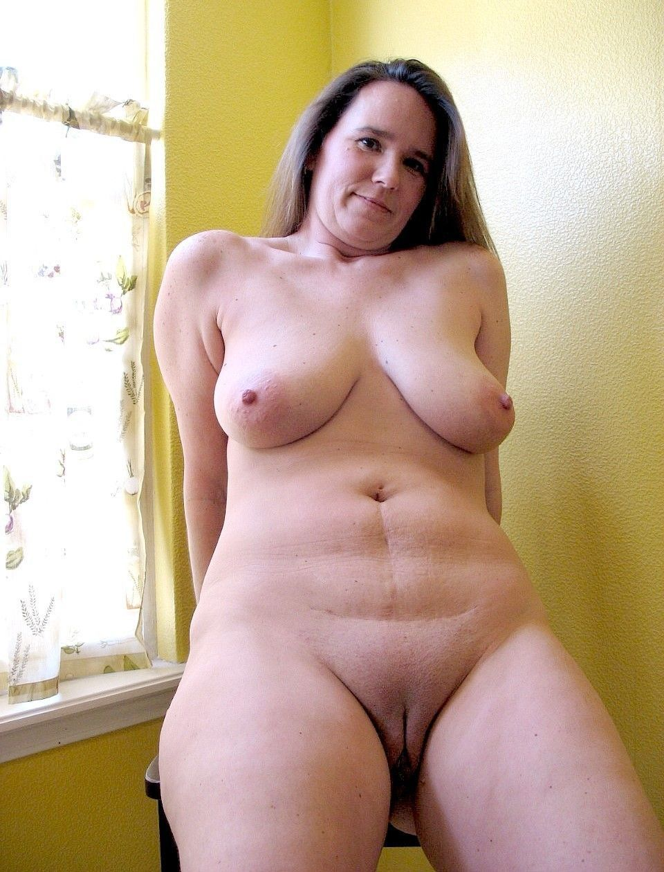 plump mature  pussy