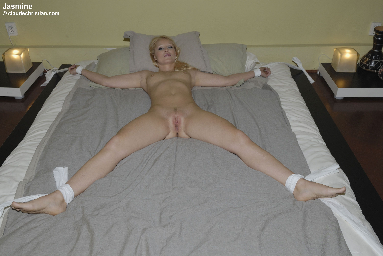 Bound naked girl Self