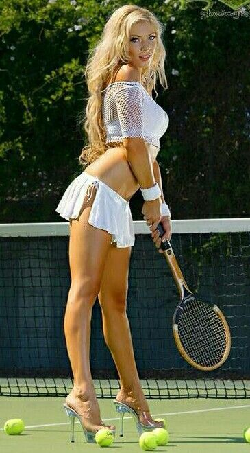 Hot tennis milf