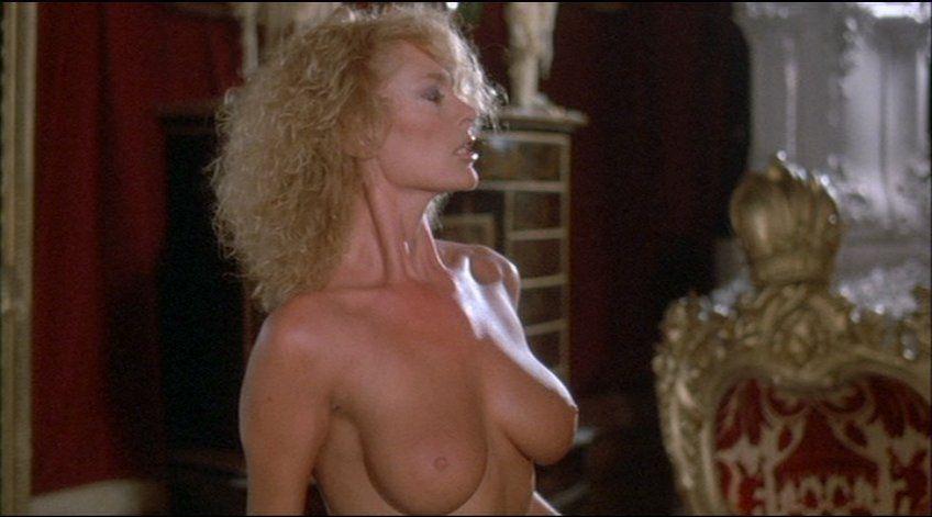 Jean Smart Nude