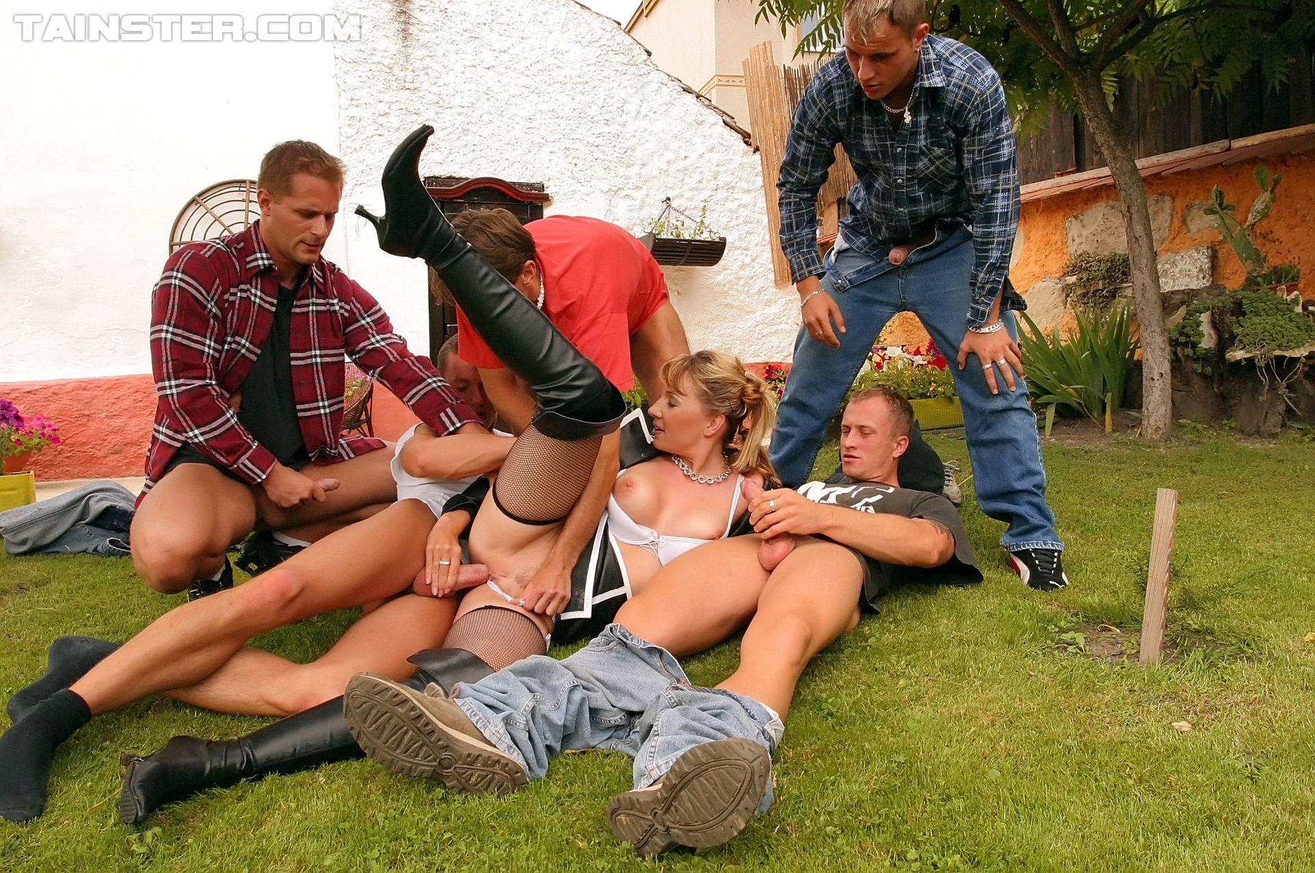 Great Gang Bang Outside Porn Pics Moveis