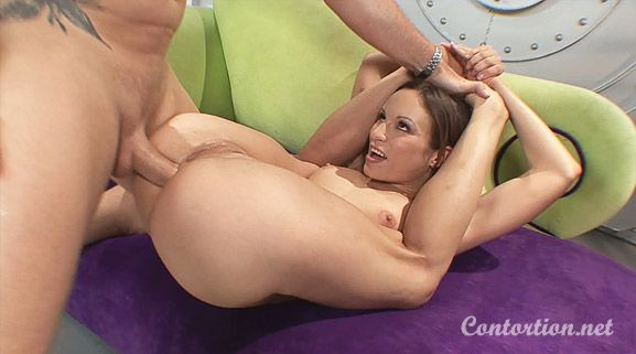 Contortionist Pussy