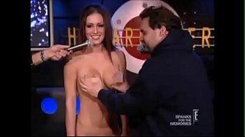 Naked girls threesome