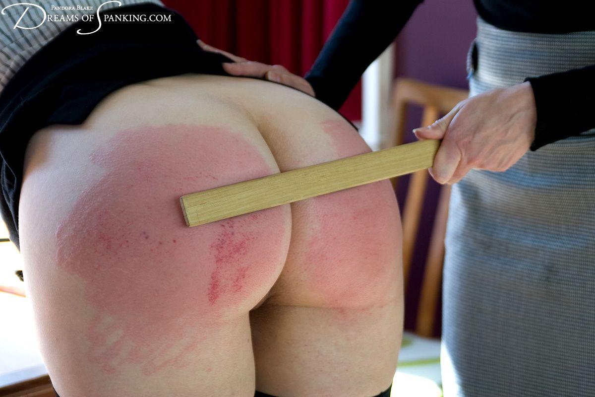 hot spanked bottoms - Spank bare bottom ruler . Hot Nude.