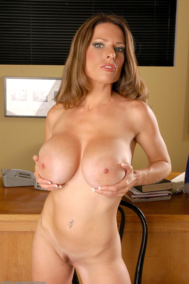 38d gallery milf think