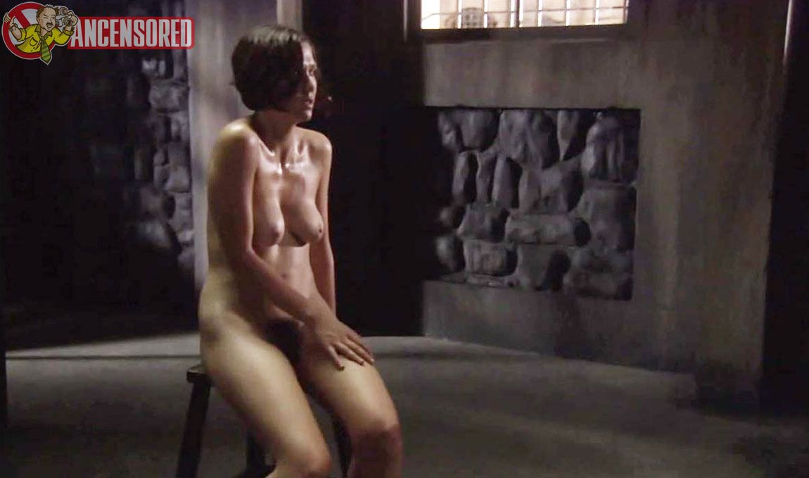 Maggie gyllenhaal nude on tube porn clips