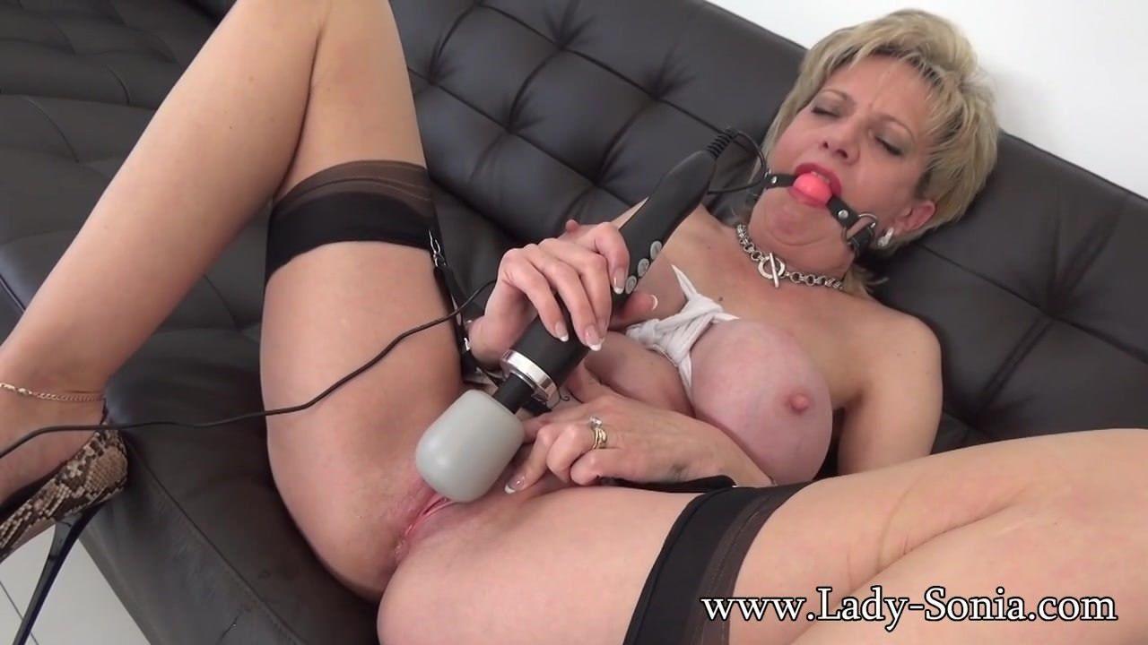 Cristina martinez and pussy galore