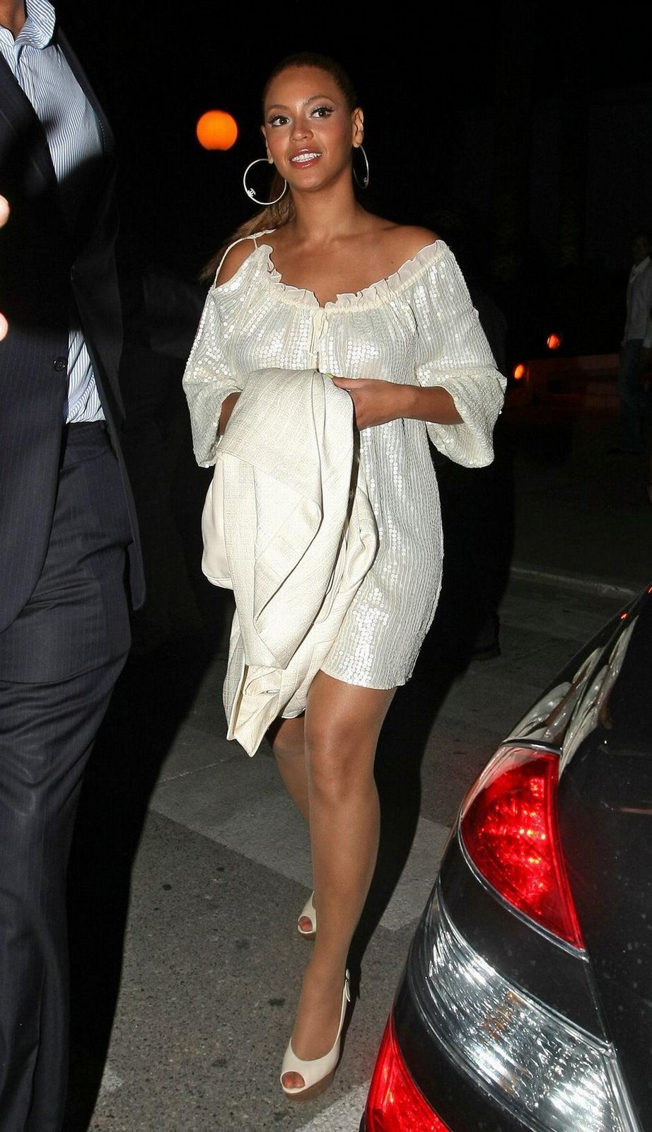 Belle reccomend Beyonce knowles and pantyhose