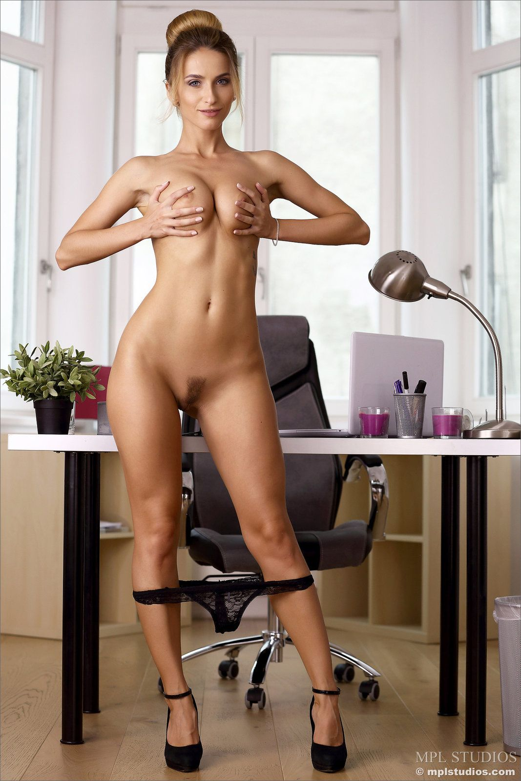 Office Girls Lesbian Hot Legs Milf Porn Chubby Asshole bikini office girls . hot porno. comments: 3