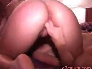 Teen lesbians french kissing Lesbian