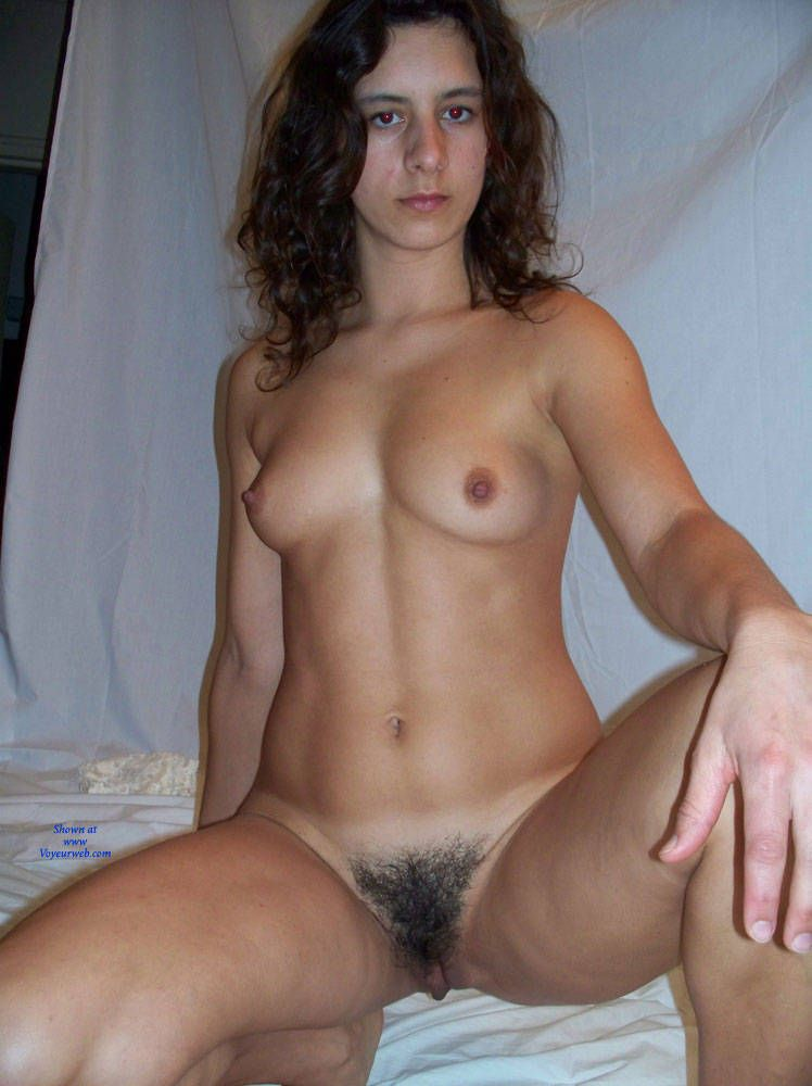 Salvadoran young girls nudity videos