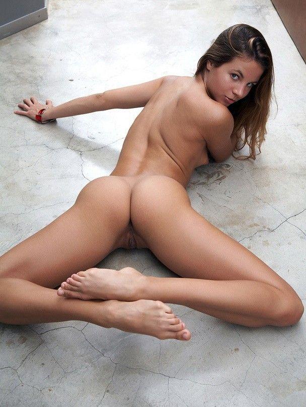 Teen nude perfect Michelle Keegan
